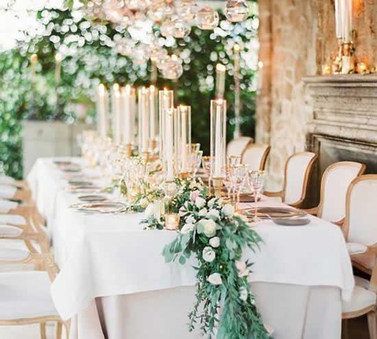 Decoração linda para mesa de casamento