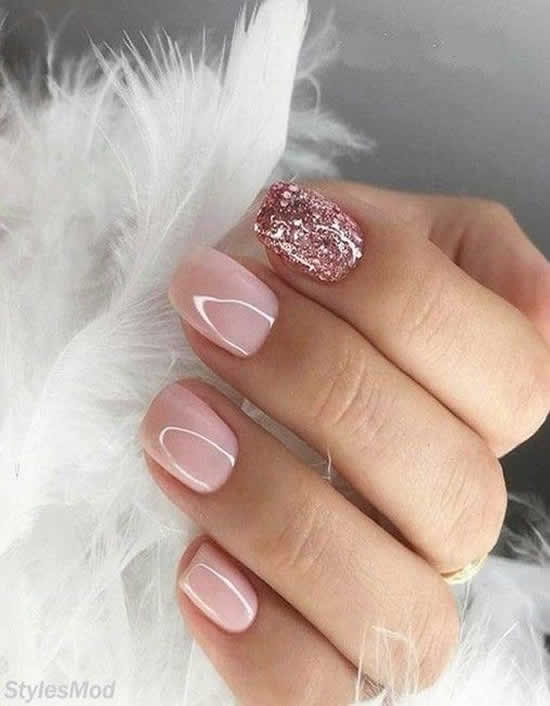 Unhas de gel decoradas