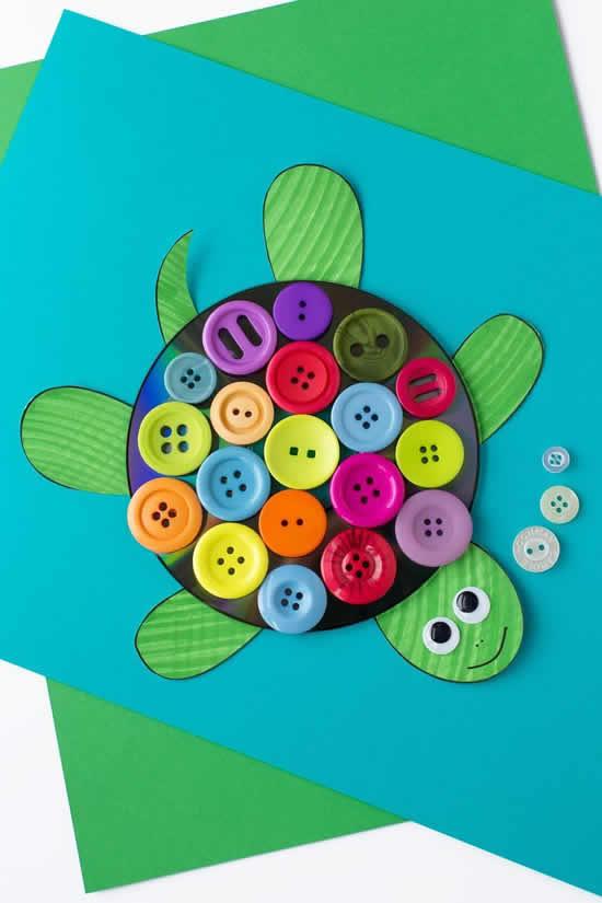 Atividades e artesanatos com botões