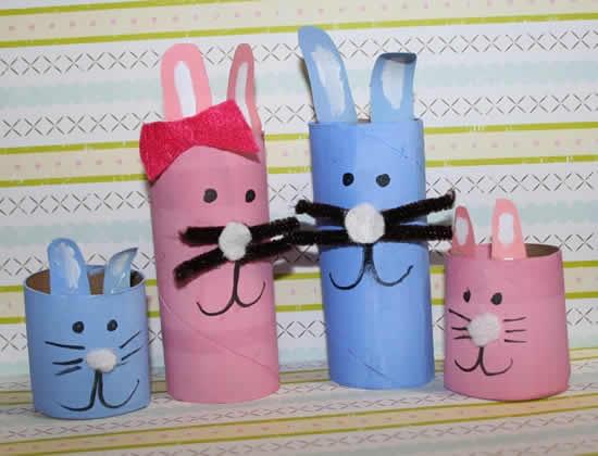 Coelhinhos com rolos de papelão