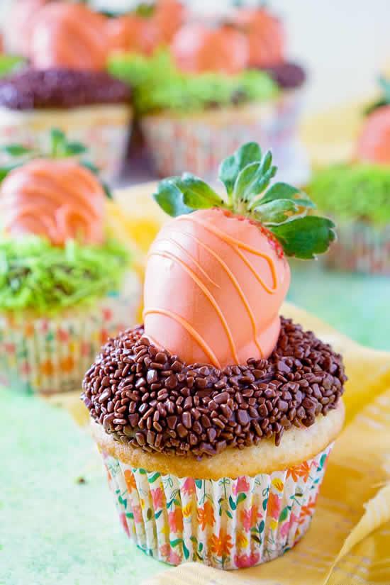 Cupcakes com cenouras para Páscoa