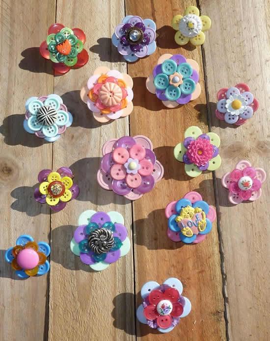 Flores lindas com botões