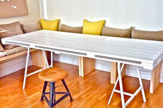 Mesa com pallets
