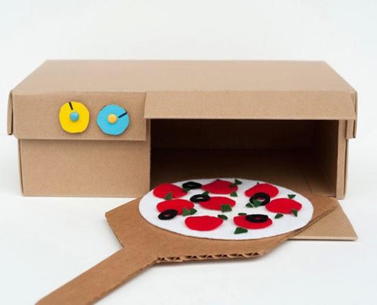 Faça brinquedos com reciclagem