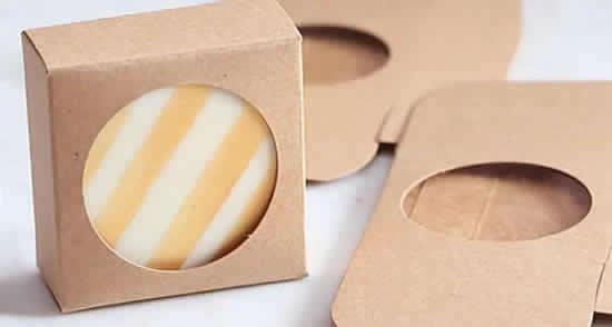 Caixa de papel com molde