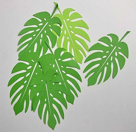 Decoração com papel de folhas