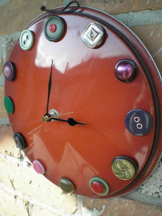 Relógio com tampa de panela