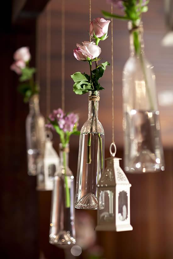 Decoração linda com garrafas de vidro
