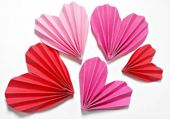 Coração de papel para enfeite