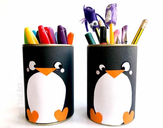 Porta-lápis com lata de leite