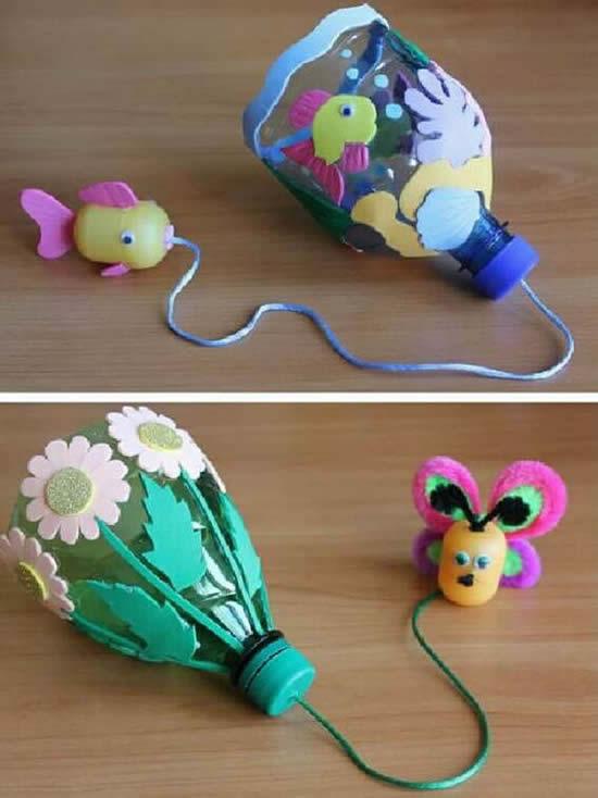 Brinquedo de pega pega com garrafa PET