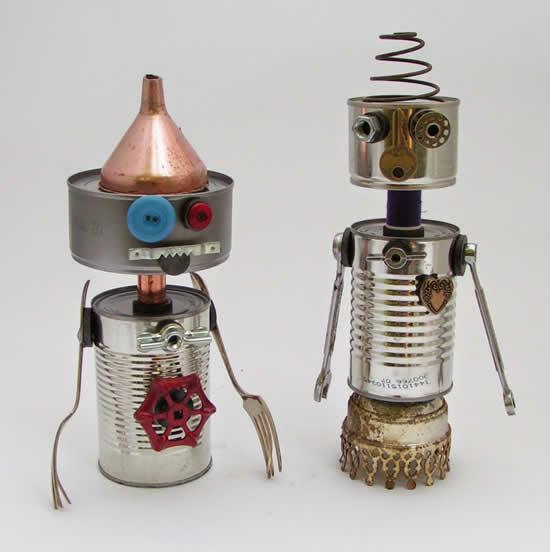Robôs com latas